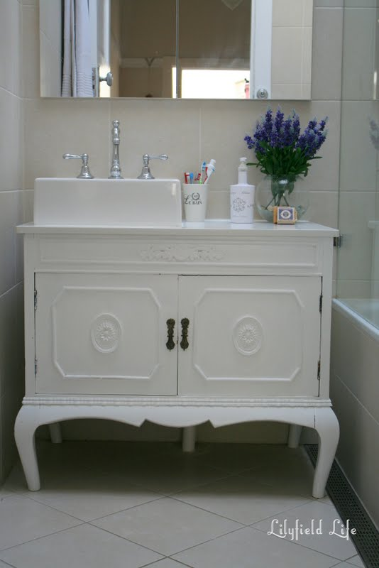 bathroom vanity 030